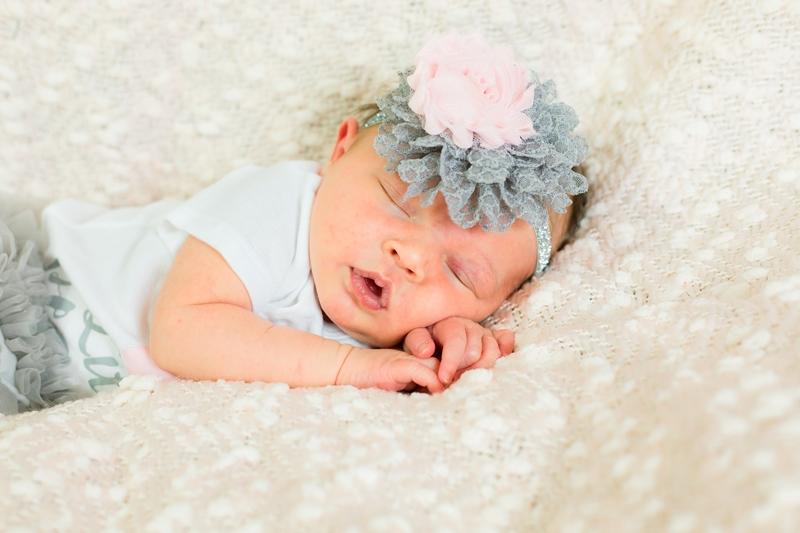 IMG 6500 - Phoenix Newborn Photographer {Faith}