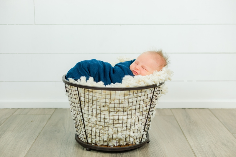 0W4A9044 - Newborn Photographer {Corey}