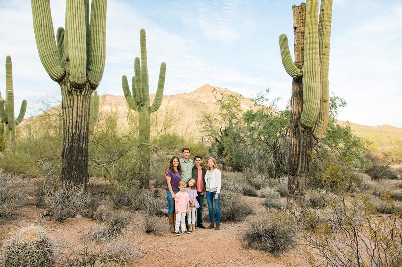 047 - Desert Family