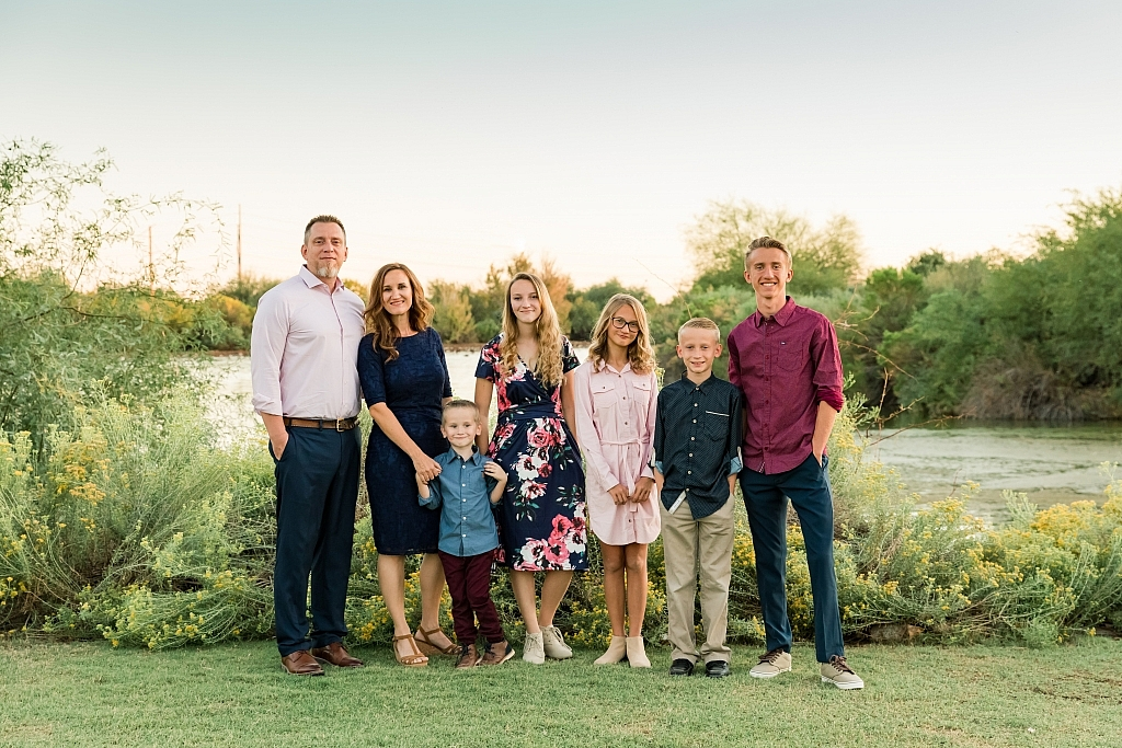 0W4A1156 1 1024x683 - 7 Tips for Stress-Free Family Photos