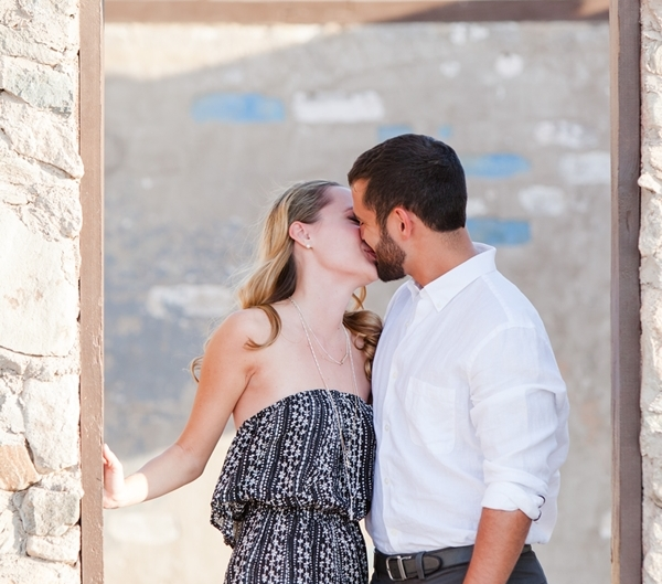 az engagement photographer 9015 600x529 - Engagement Portraits