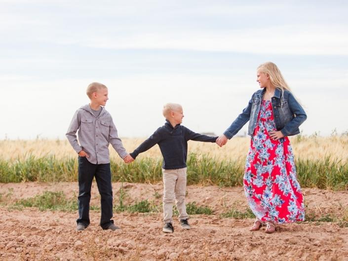 gilbert family photographer 27 705x529 - Children Portraits