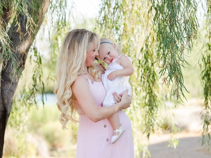 gilbert maternity photographer  705x529 - Maternity Photography