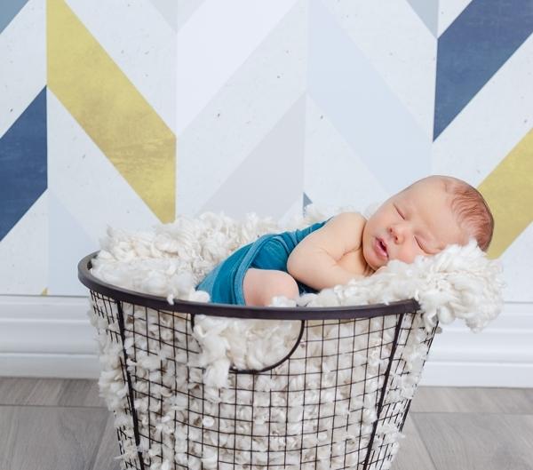 gilbert newborn photographer 0727 600x529 - Newborn Portraits
