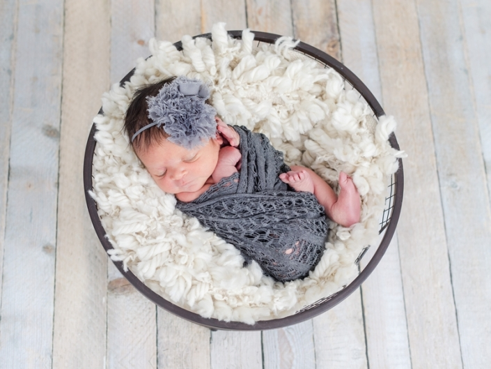 gilbert newborn photographer 2606 705x529 - Newborn Portraits