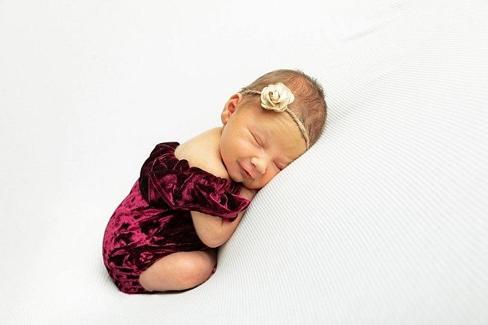 m 086 705x470 - Newborn Portraits