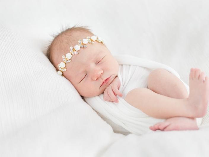 m 0W4A5048 705x529 - Newborn Portraits