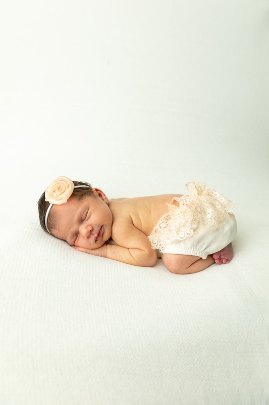 m 0W4A9854 - Newborn Portraits