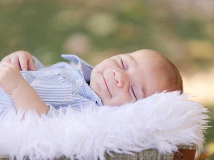 m IMG 8755 705x529 - Newborn Portraits