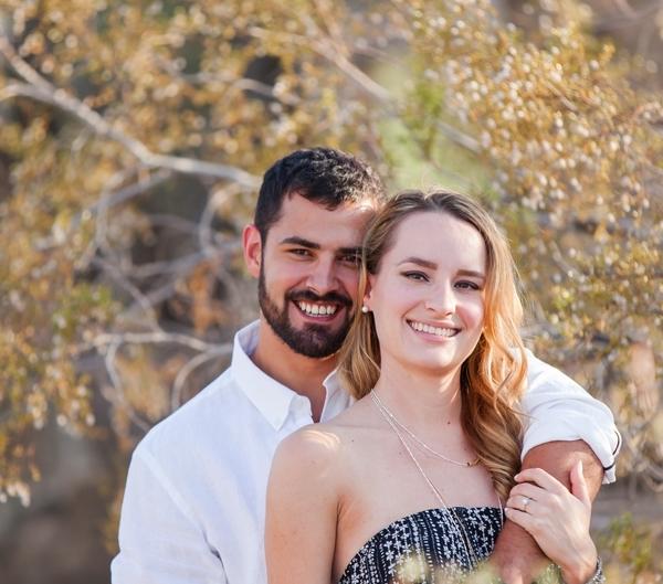 m IMG 9046 600x529 - Engagement Portraits