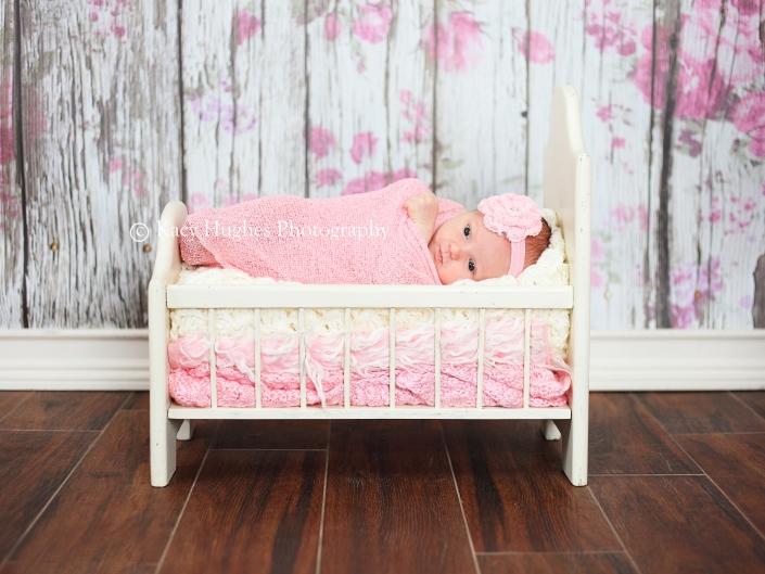 mw0022 705x529 - Newborn Photography
