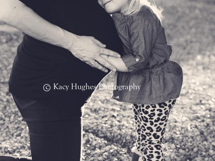 mw00426 705x529 - Maternity Photography