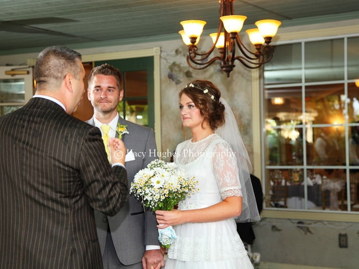 mw0179 705x529 - Wedding Photographers