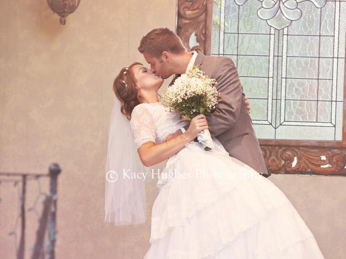 mw0269 705x529 - Wedding Photographers
