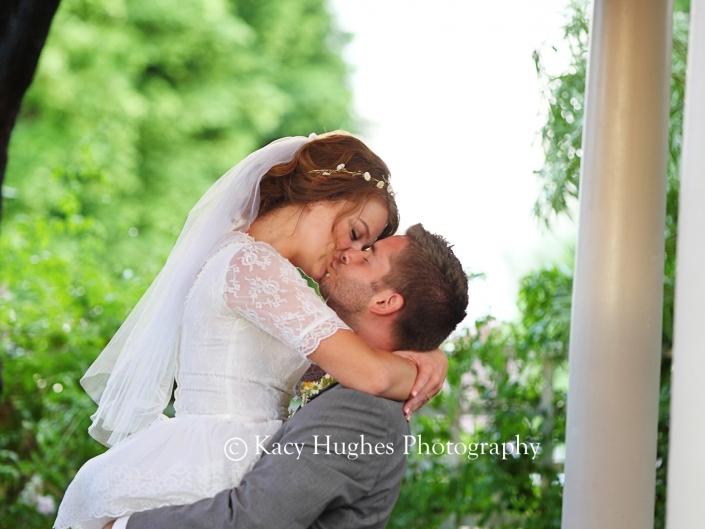 mw0292 705x529 - Wedding Photographers