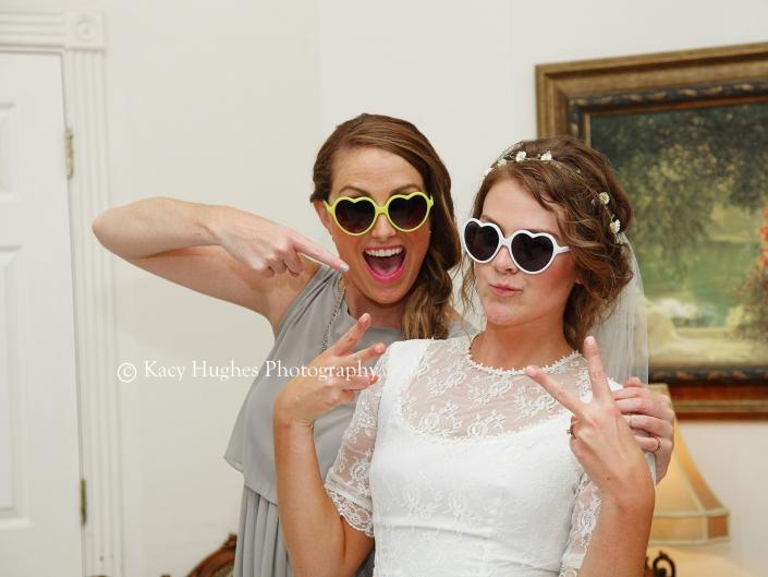 mw0530 705x529 - Wedding Photographers