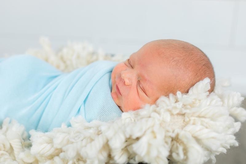 0W4A2396 - Newborn Photographer {Matthew}