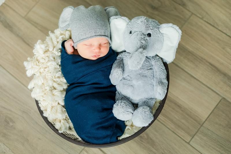 0W4A9075 - Newborn Photographer {Corey}