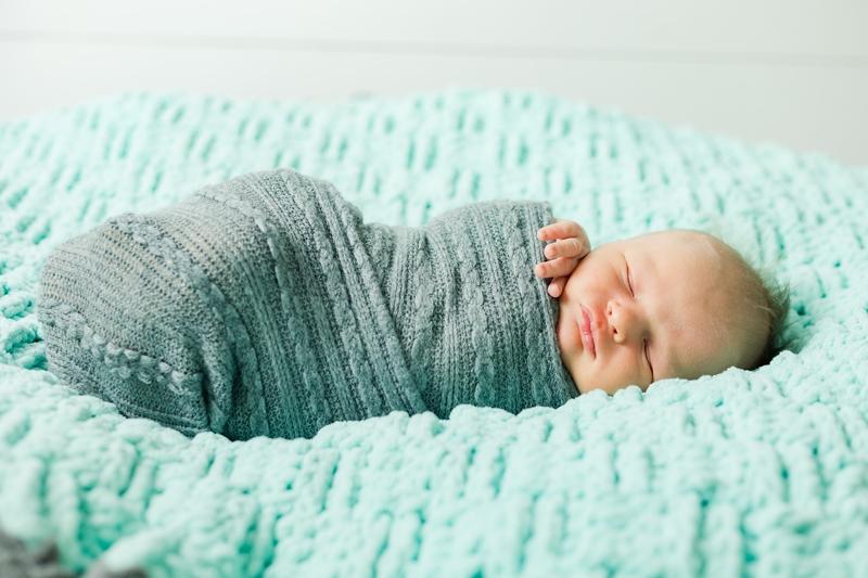 0W4A9084 - Newborn Photographer {Corey}