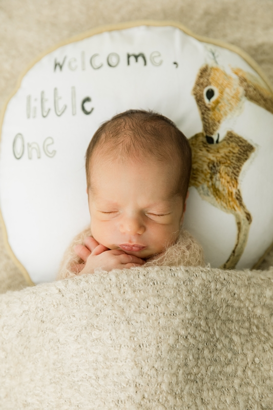 sleeping newborn photos