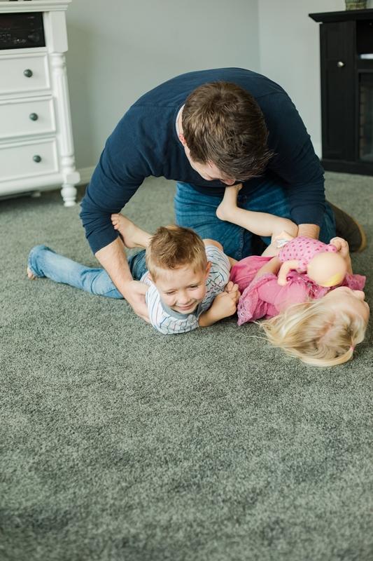 0W4A1533 2 1 - Lifestyle Photography | Erickson Family