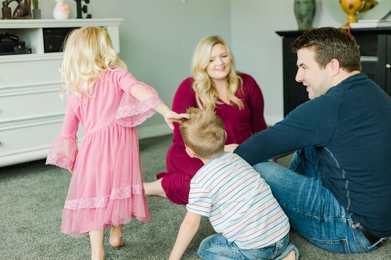 0W4A1555 2 1 - Lifestyle Photography | Erickson Family