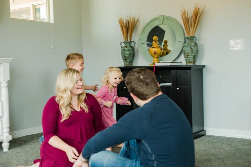 0W4A1561 2 1 - Lifestyle Photography | Erickson Family