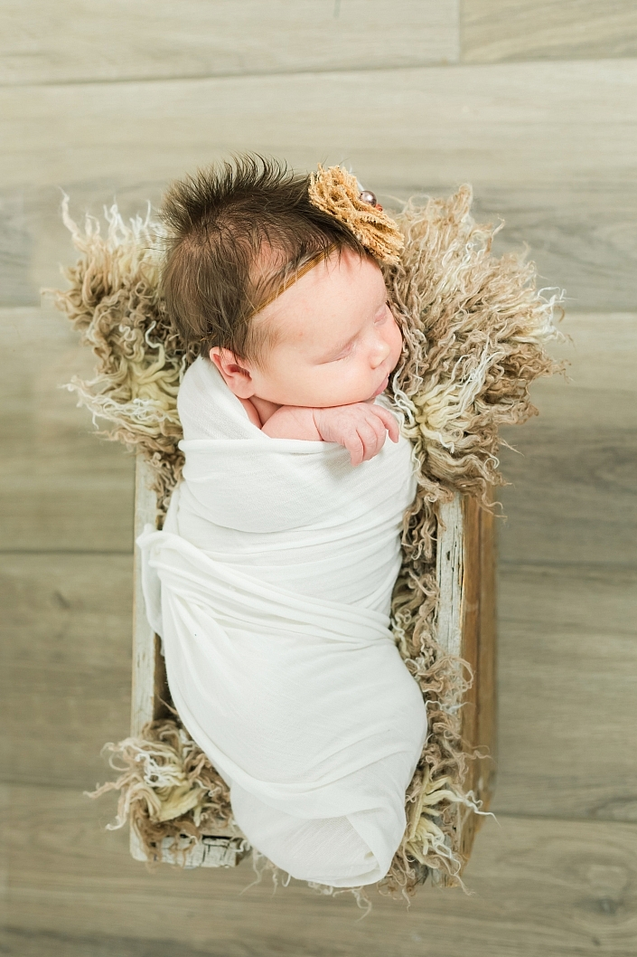 newborn posing in san tan valley