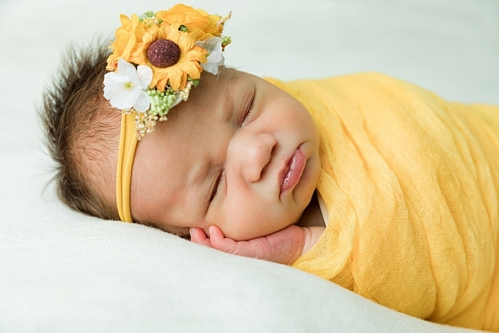 florence newborn studio 705x470 - Newborn Portraits