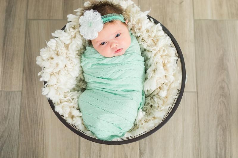 IMG 6653 - Newborn Photography {Paizlee}